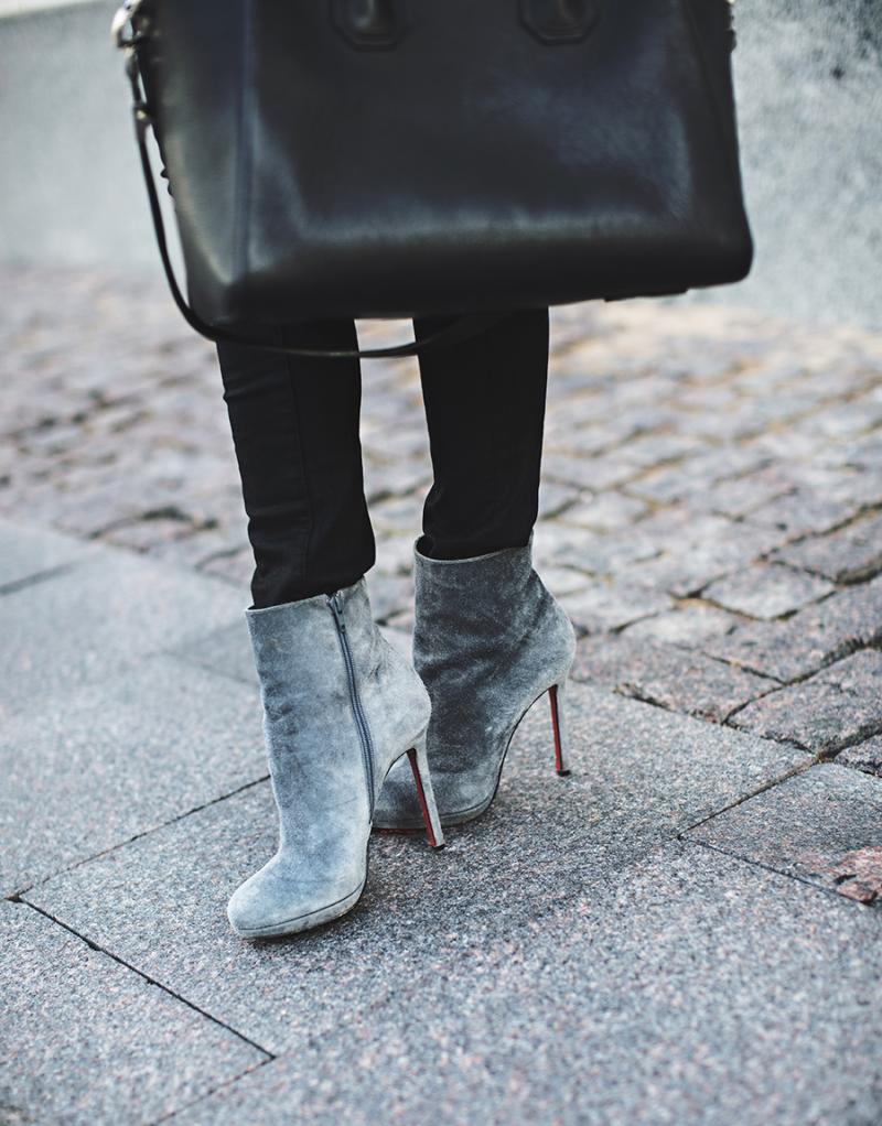 grey-booties-christianlouboutin