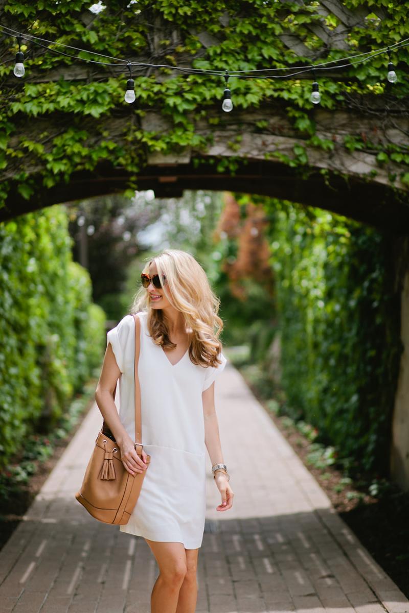 ivorylane-fashionblogger-nordsrom-white-dress