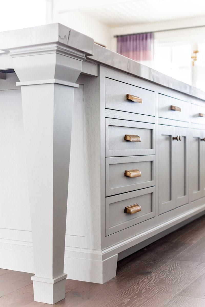 Kitchen Details: Paint, hardware, floor – Ivory Lane