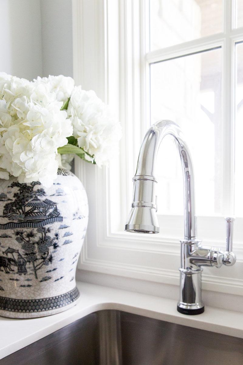 laundryroom-faucet
